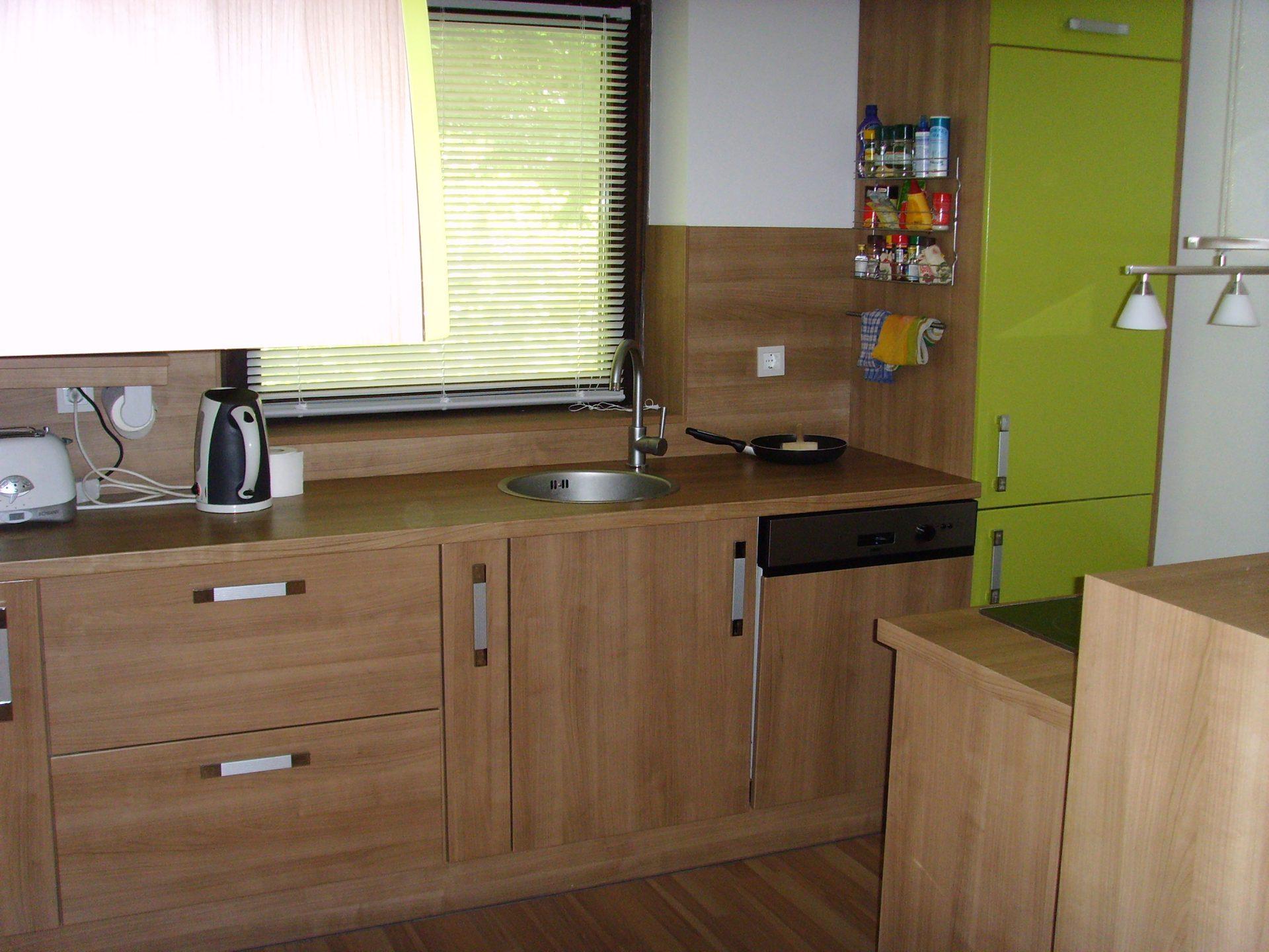 Izdelava in montaža kuhinj za prefinjeno funkcionalnost 28