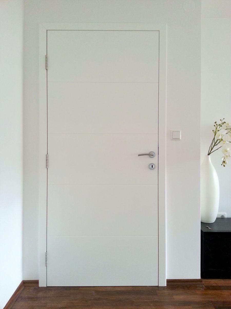 Izdelava in montaža zunanjih in notranjih vrat.