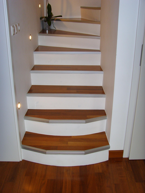 Estetsko izdelane stopnice 21