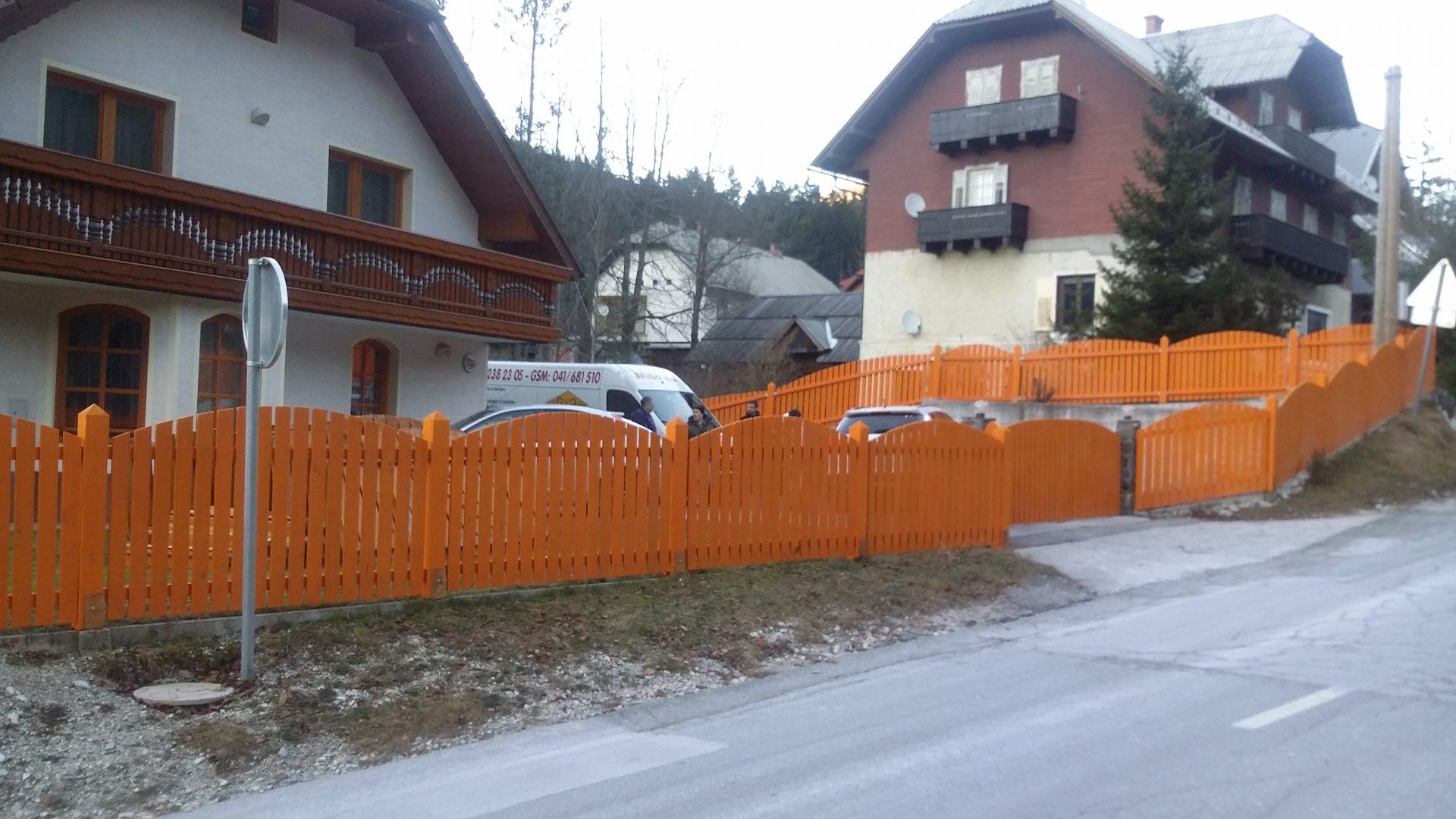 Lesene ograje za zunaj ali notranjost 7