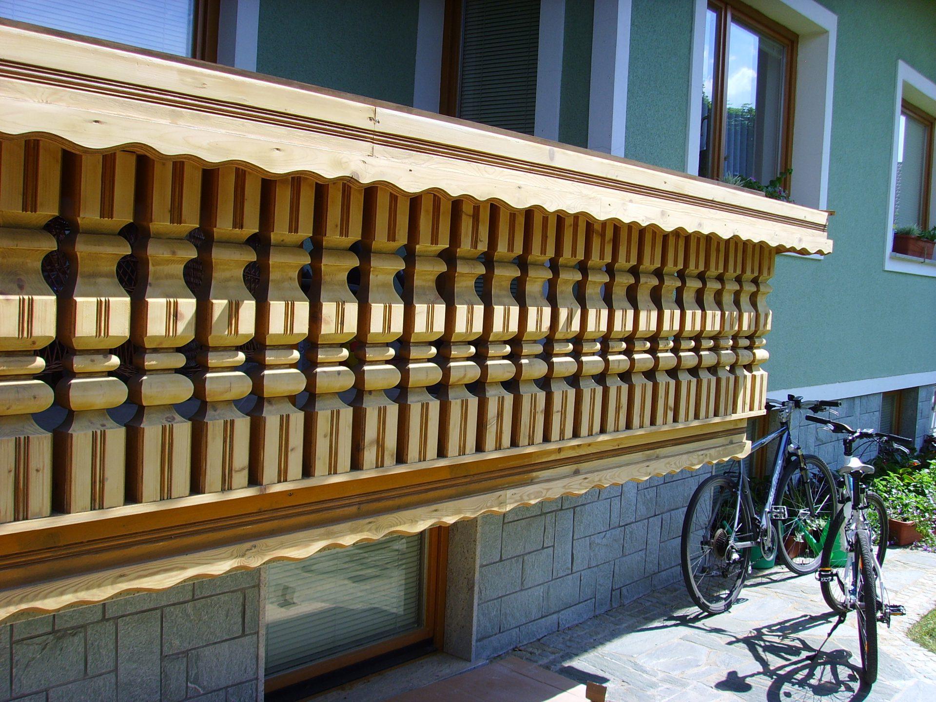 Lesene ograje za zunaj ali notranjost 8