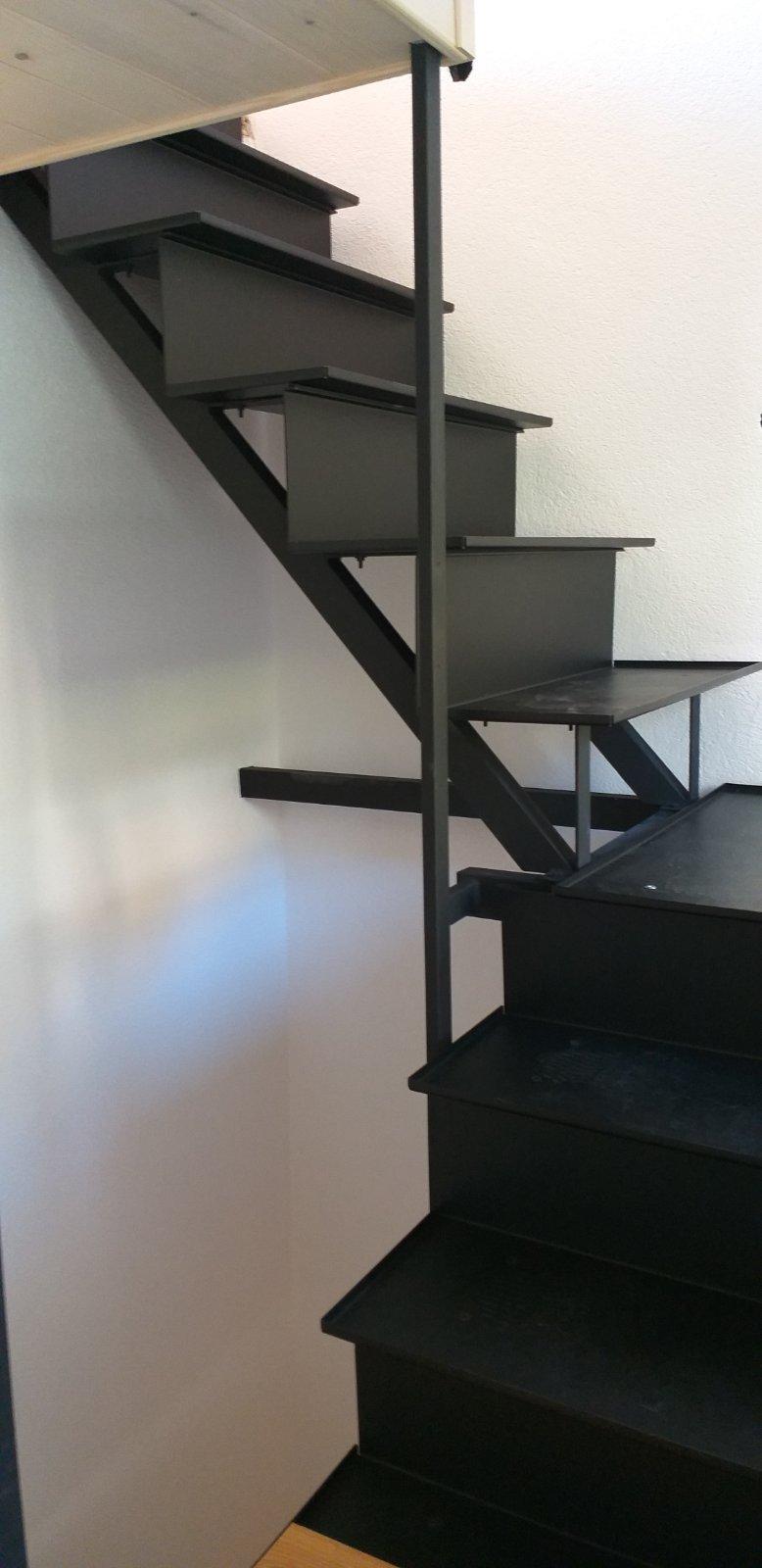 Izdelava kovinskih stopnic iz kovinskih profilov