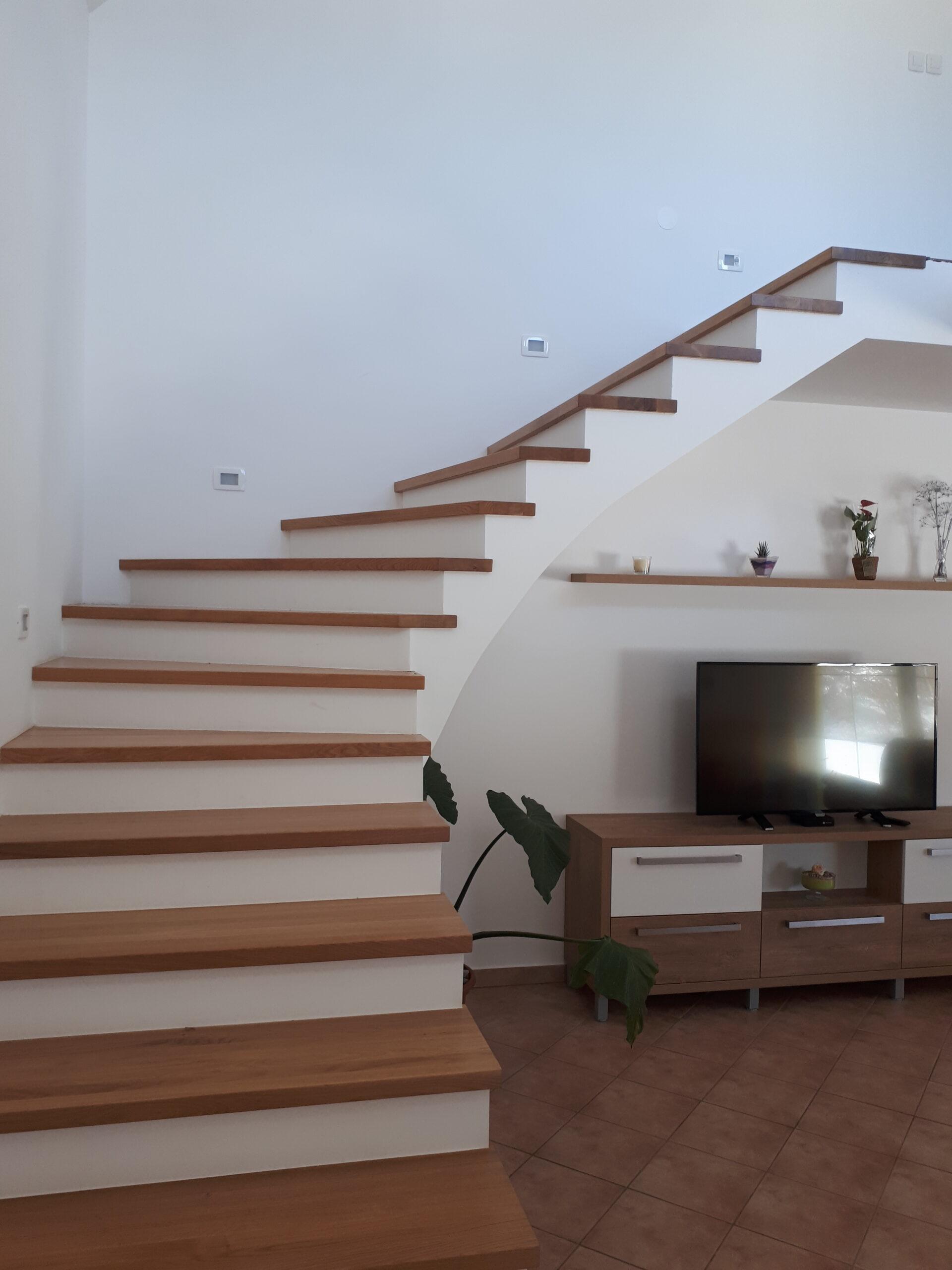 Izdelava notranjih stopnic 1